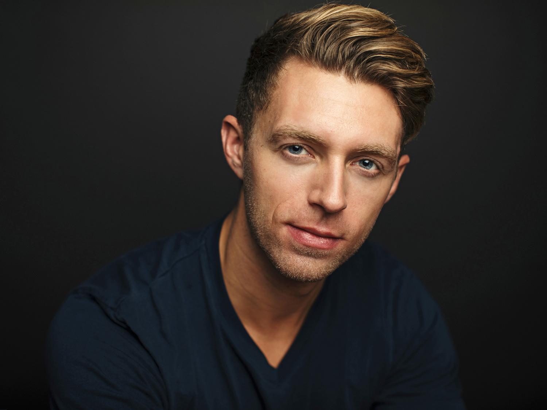 Actor Headshot by Sacramento photographer Mayumi Acosta.jpg