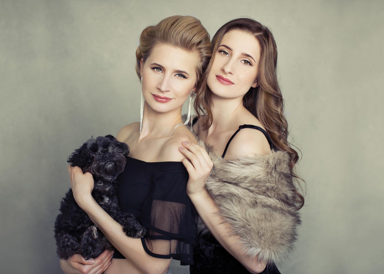 Beautiful Portrait of Sisters by Mayumi Acosta Photography in Sacramento CA.jpg