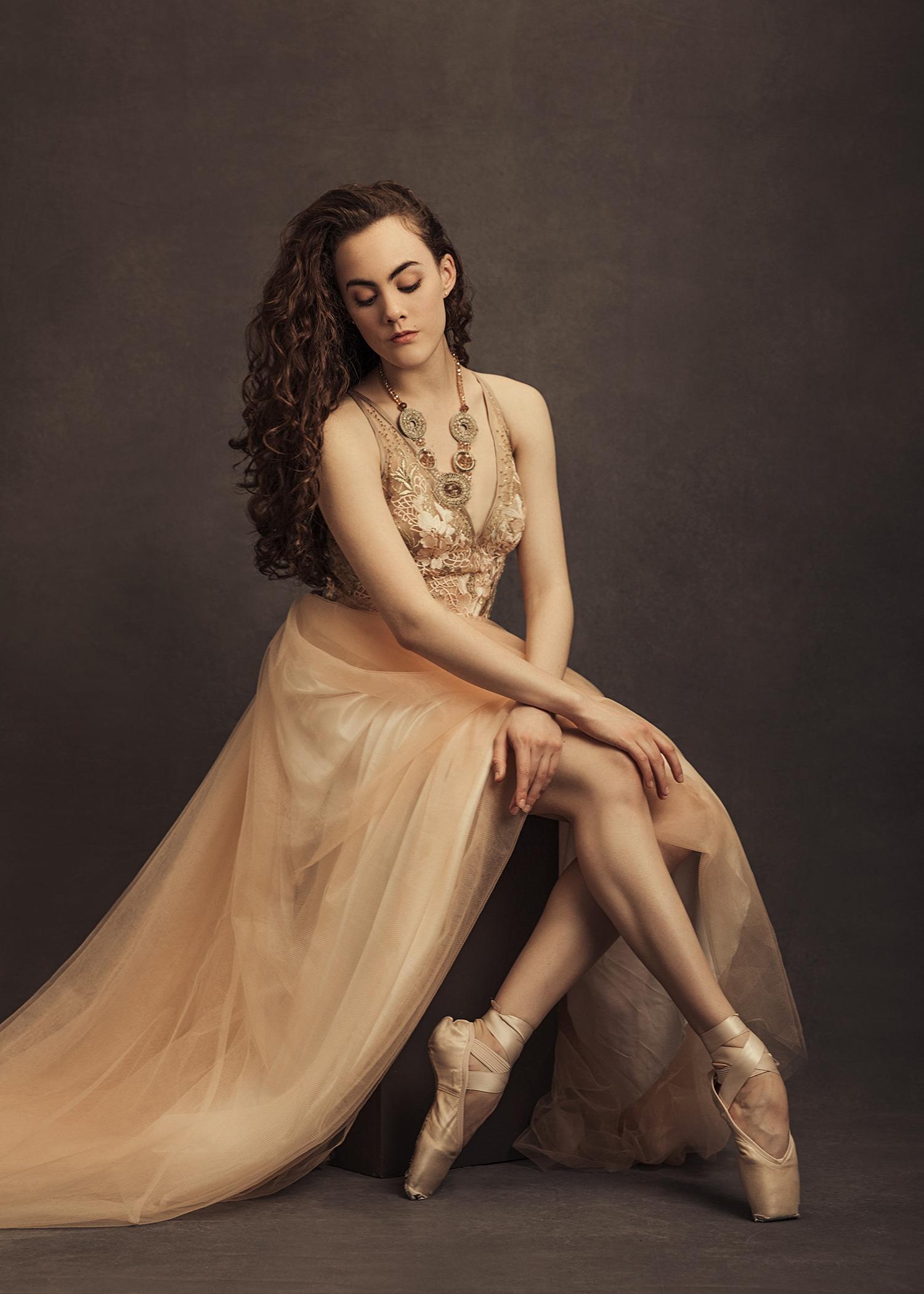 Portrait of a Dancer by Sacramento Photographer Mayumi Acosta.jpg