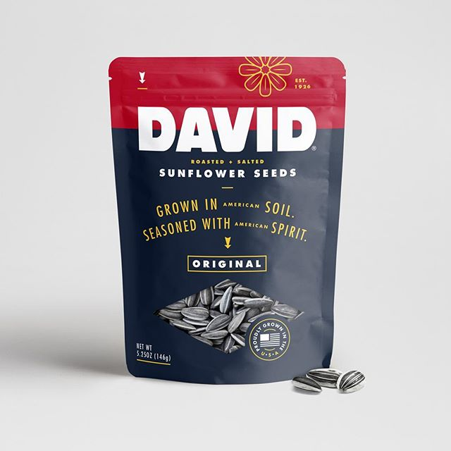 Worked on this packaging refresh for David Sunflower Seeds a while back. They ended up going a different way but I always liked this typographic Americana direction. Probably the last time I'll get to make a sunflower out of sunflower seeds. Or is it?! . . . . . . #packaging #packagingdesign #branding #rebranding #brandrefresh #thedieline #graphicdesign #designspiration #typography #americana #sunflowerseeds #boulder #denver #usa #denverfoodie #5280 #baseball #snacktime