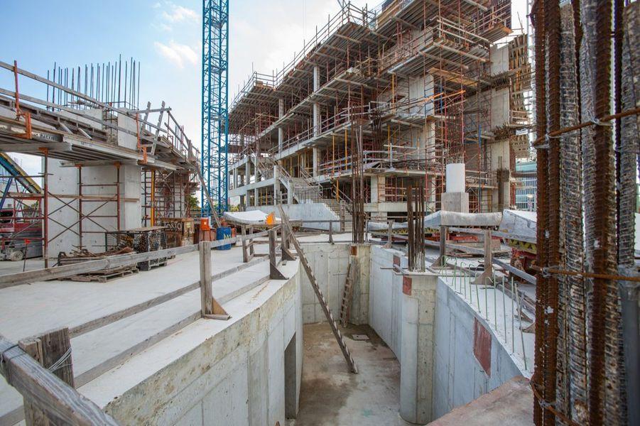 CONSTRUCTION MANAGEMENT -
