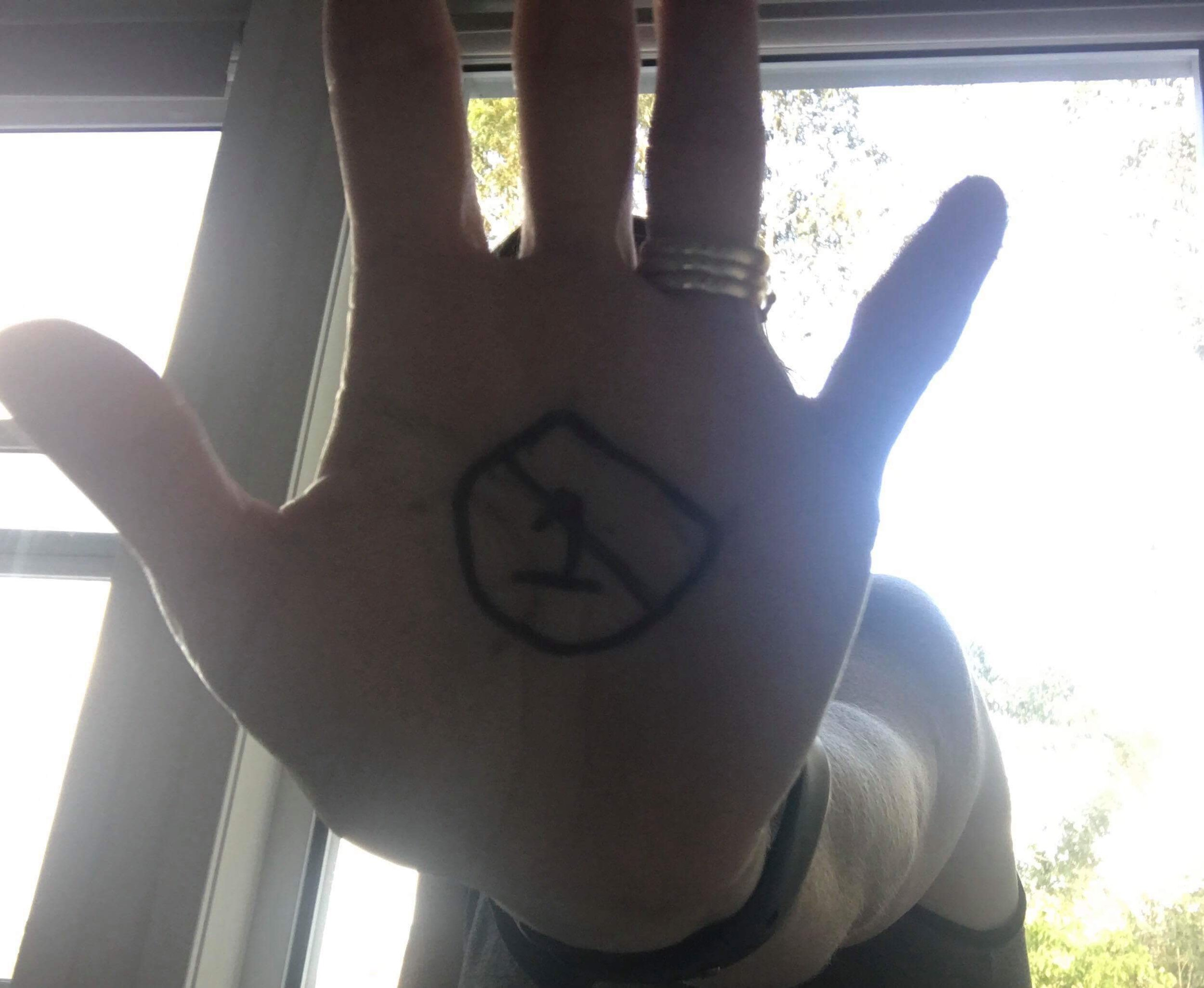 NEO Hand Donna_01.jpg