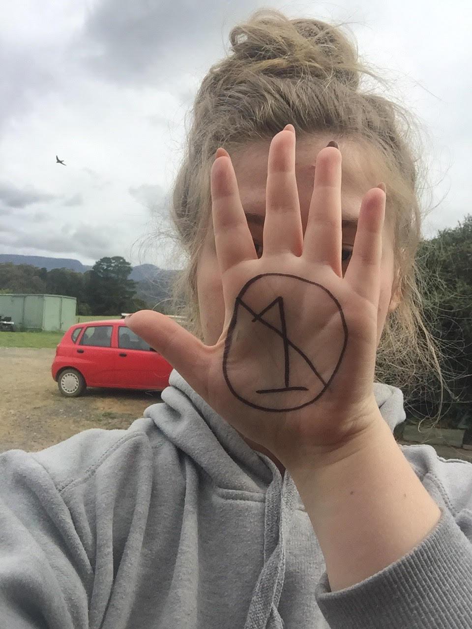 NEO Hand2.jpg