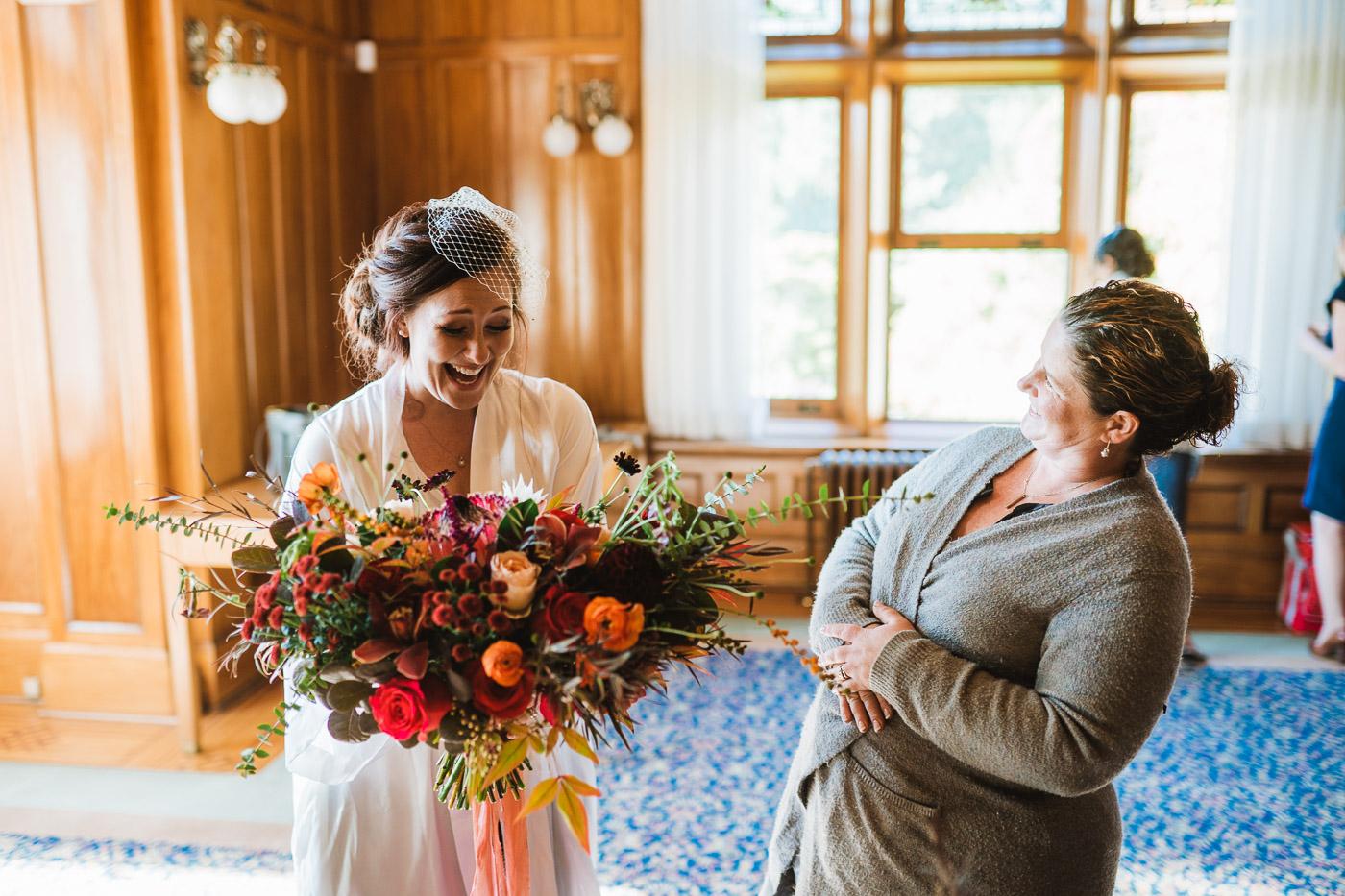 ChantellJamesWeddingBlog-JonMarkphoto-VictoriaBCWeddingphotography-Hatleycastlewedding-BearMountainWedding-1201.jpg
