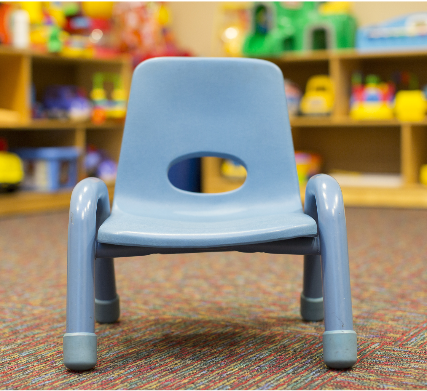 kids chair.png