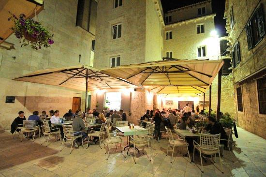 Dinner: Konoba Korta - In a lively courtyard in town, you'll find Konoba Korta, a local favorite. Ask for a recommendation on Dalmatian dishes + Croatian wine to pair :)