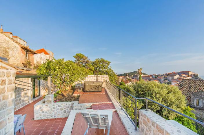Afternoon: Airbnb Check in - Park at the public garage 500 meters away, and settle into your Dubrovnik home for the next 3 days.