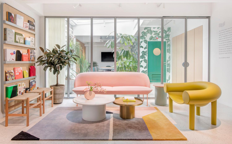 Looksee_Lounge Area.jpg