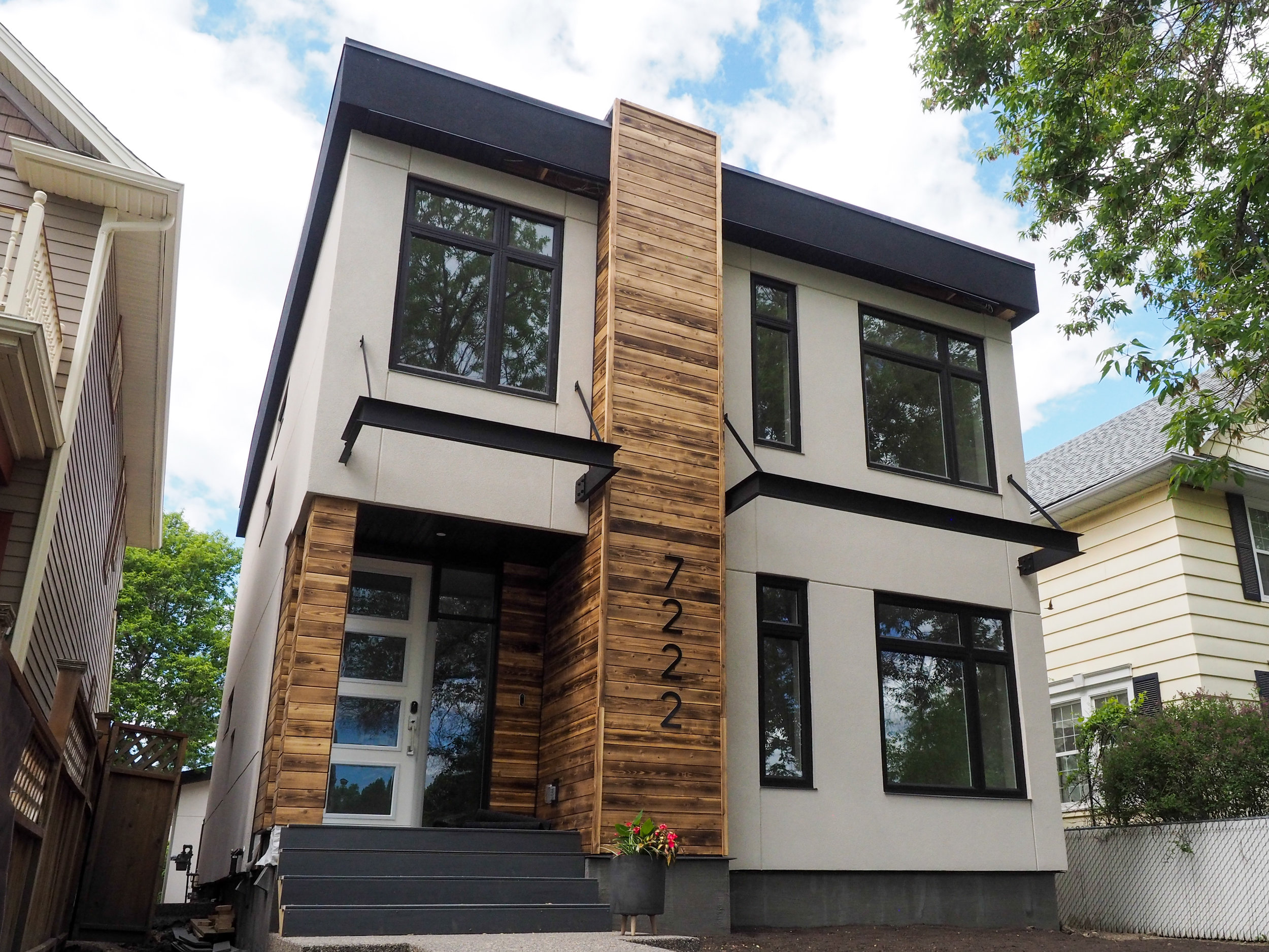 shipping-container-home-queen-a.jpg