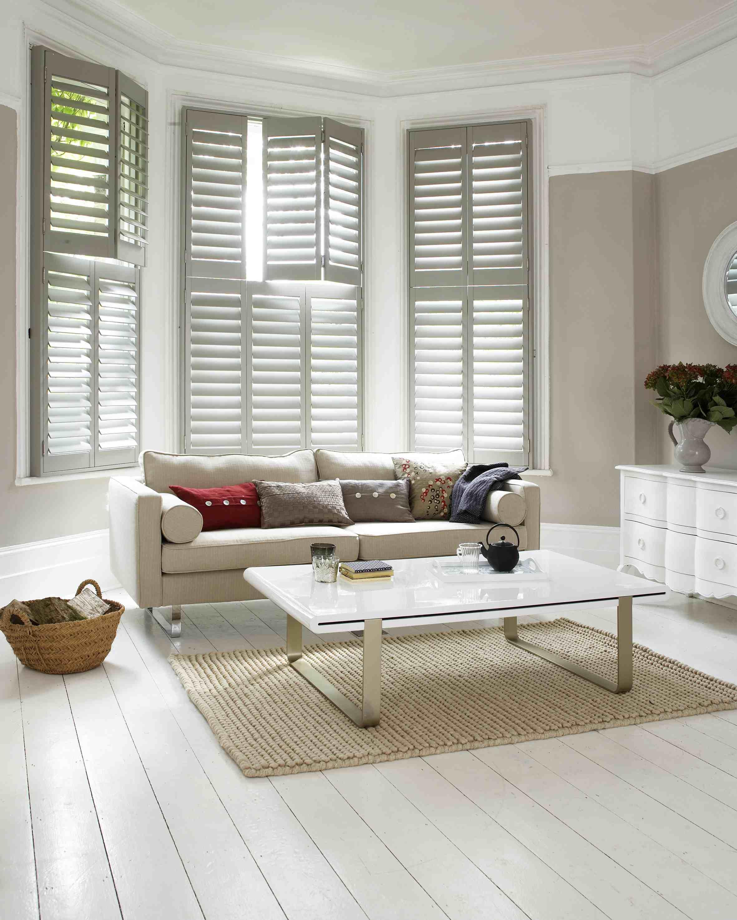 NZWS Luxaflex® Timber Shutters (SF - Bay window side angle)_LR.jpg
