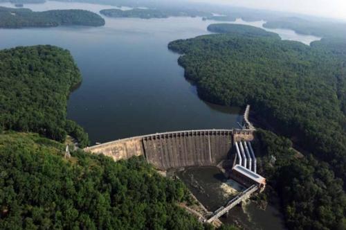 Alcoa Dam on Yadkin River.jpg