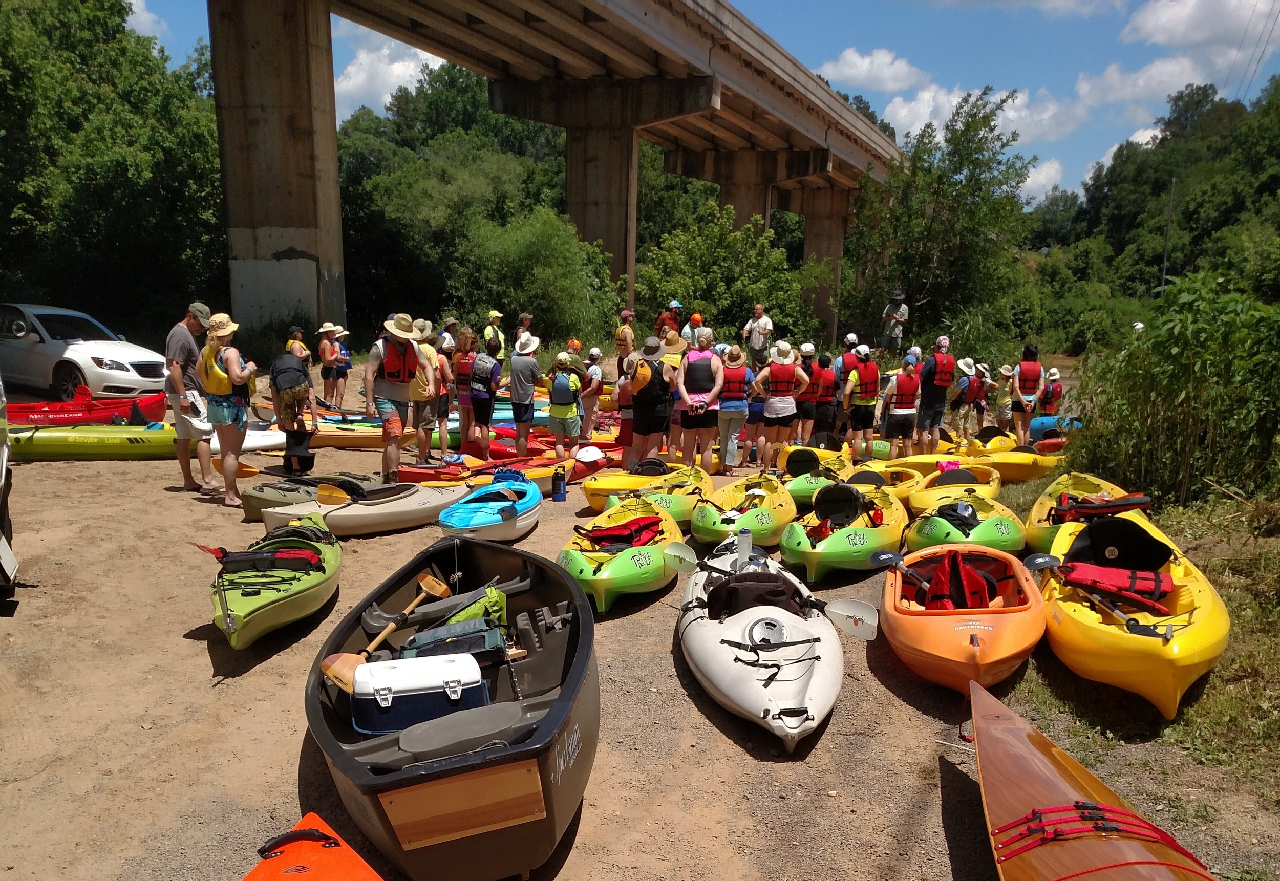 Outfitters and clubs make paddling fun.