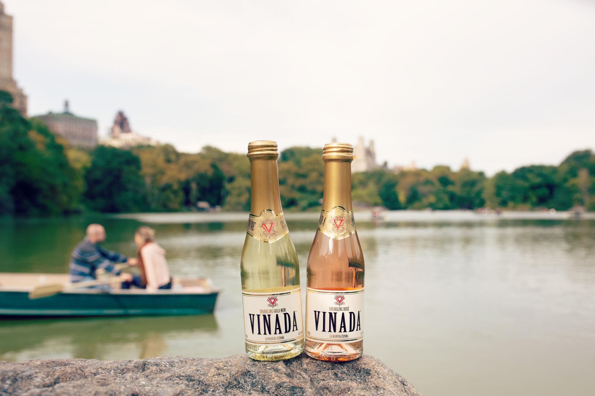Vinada-New-York-boat-central-park.jpg