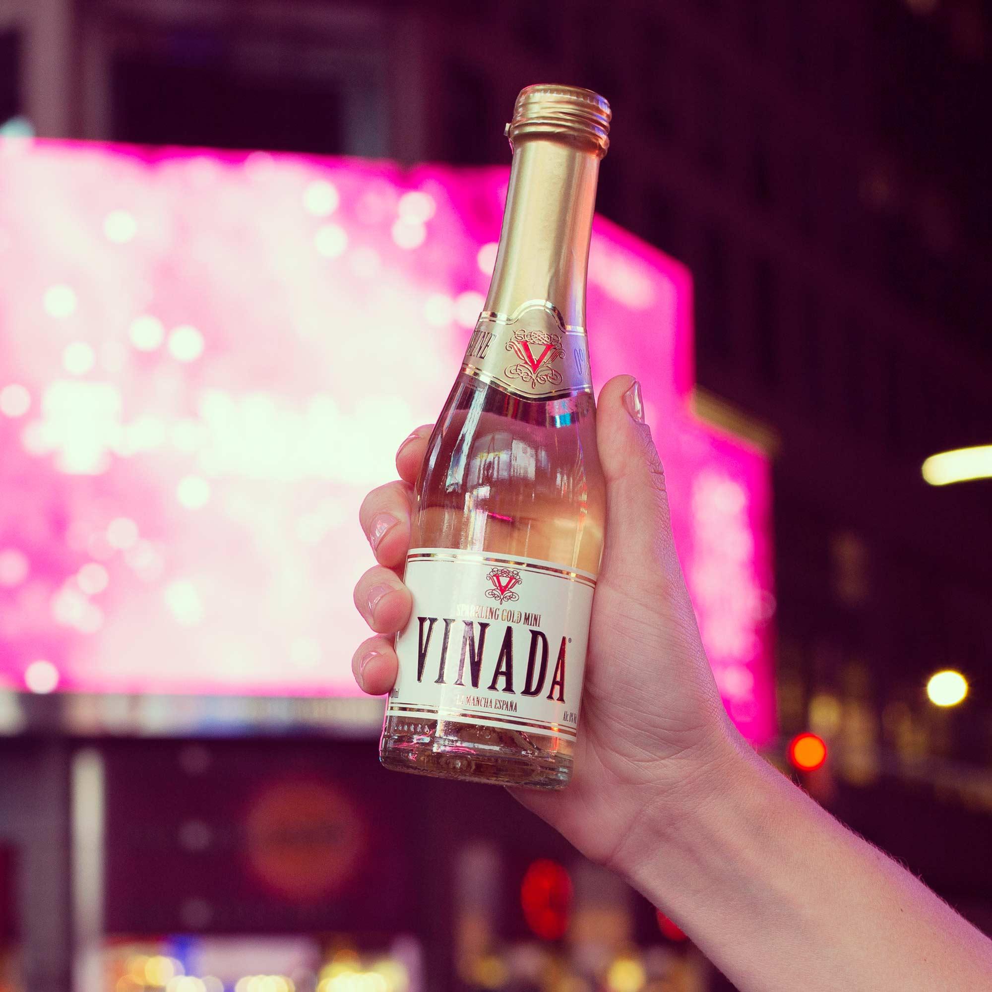 Vinada-New-York-Times-Square(LQ).jpg