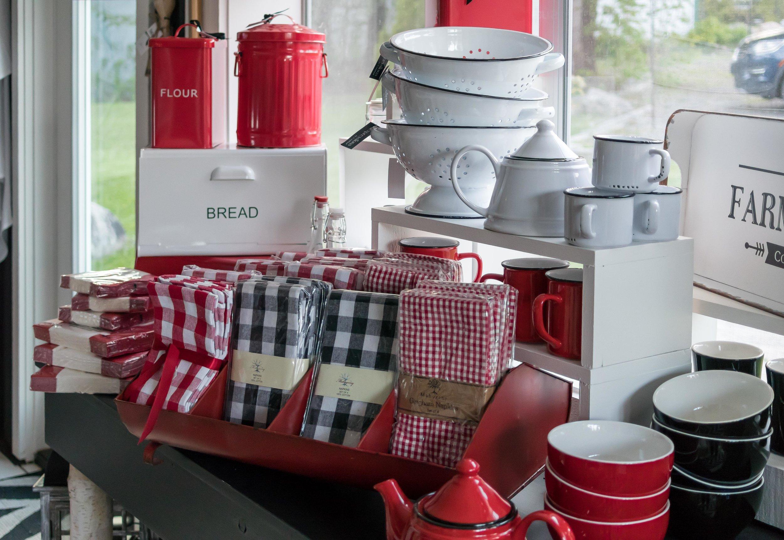 Kitchen & Glassware -