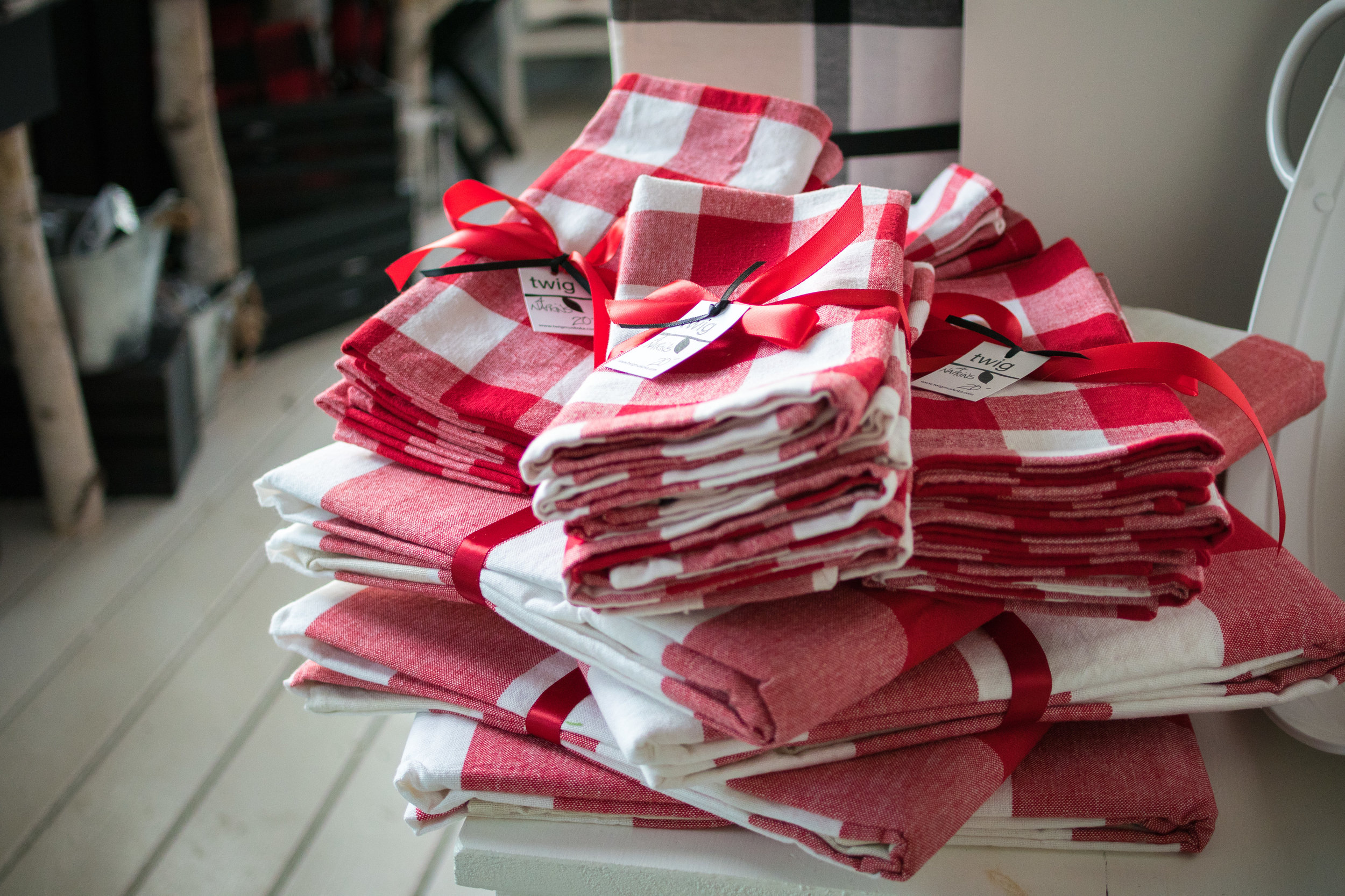 Tabletop Linens -
