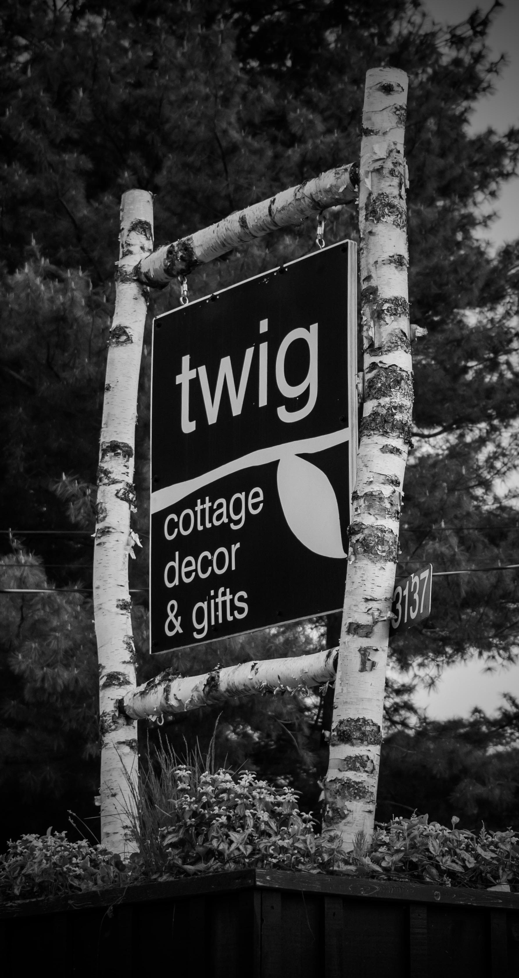 Twig isa uniquecottage decor &gift storein Bala -