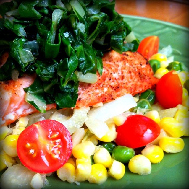 tablavie.com Grilled Salmon with Summer Succotash
