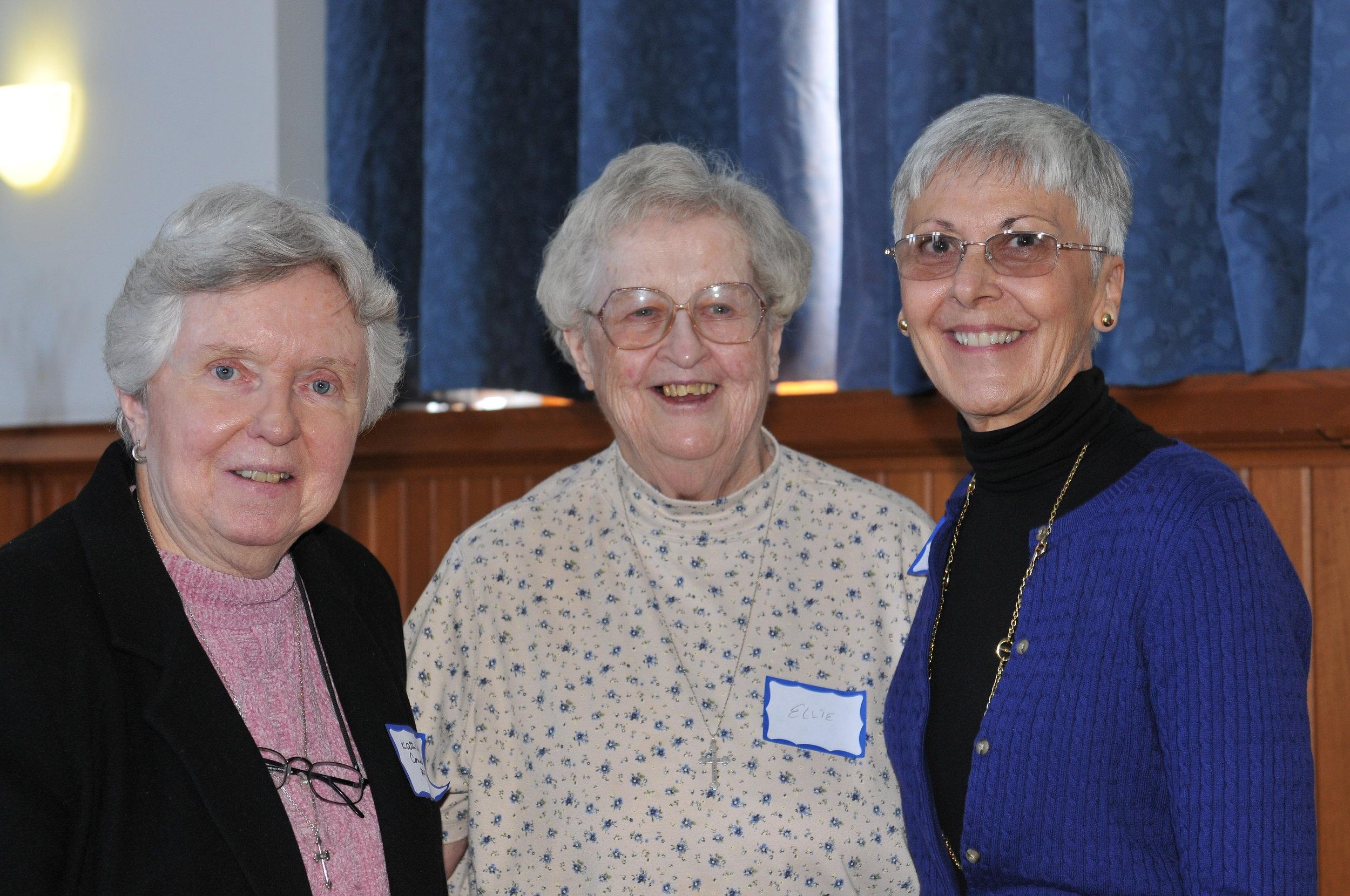 DSC_3088 Sue K., Ellen Marie and Kathleen Connell2.JPG