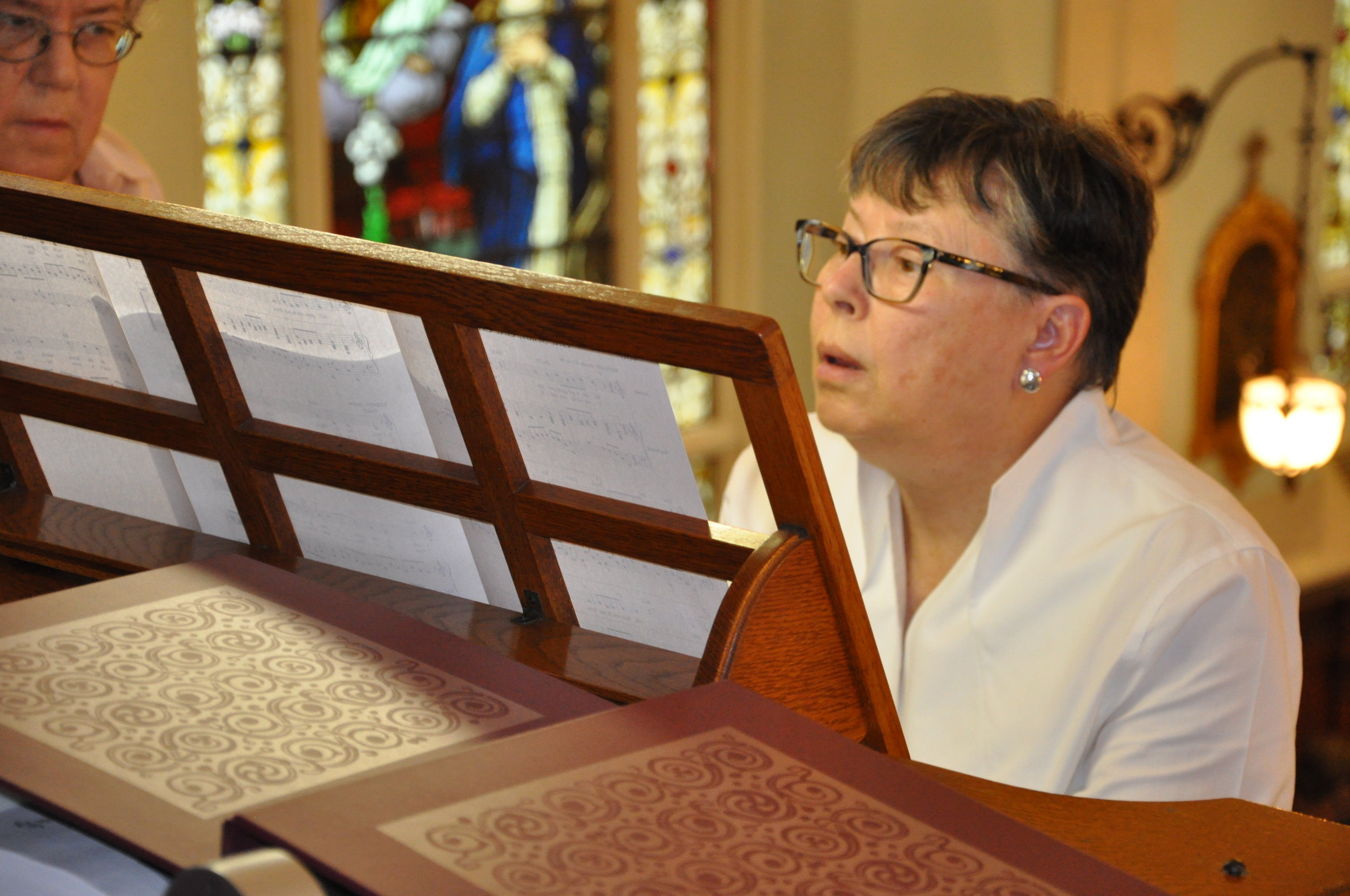 Sister Catherine Vincie  playing the organ at the 2018 organ concert