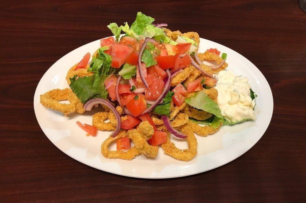 - La cocina peruana es hoy en día una de las más reconocidas del mundo. Podrás deleitarte con un maravilloso ceviche, jalea o lomo salteado, entre otros exquisitos platillos.