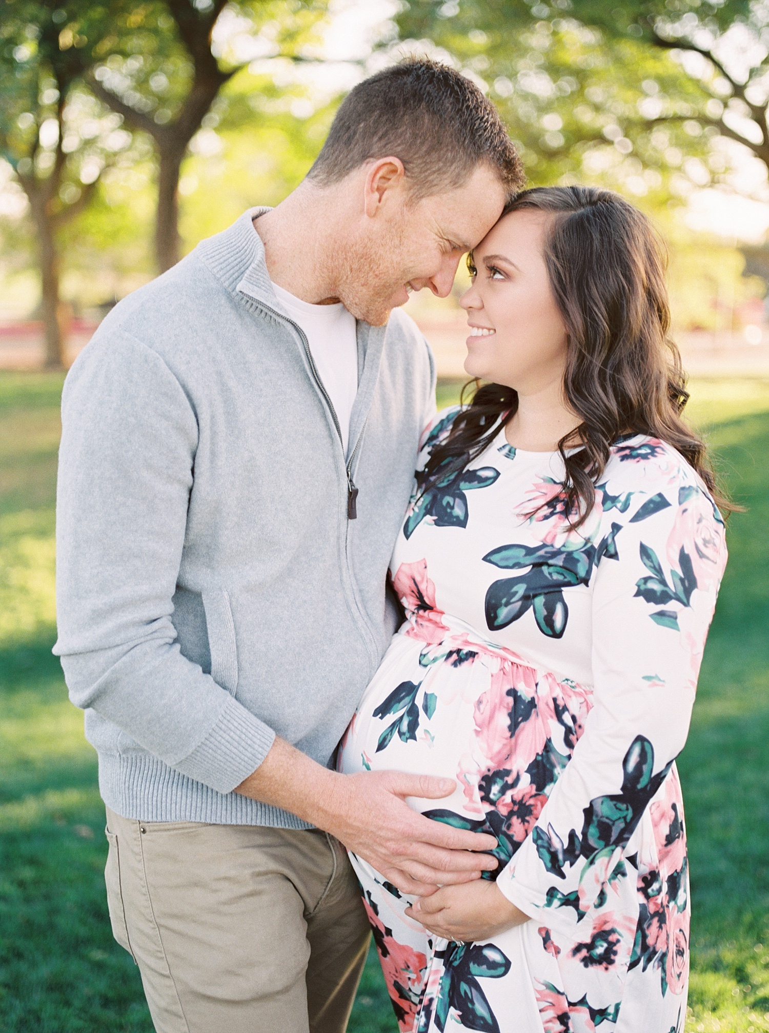 marieljoy-maternity-couple-park
