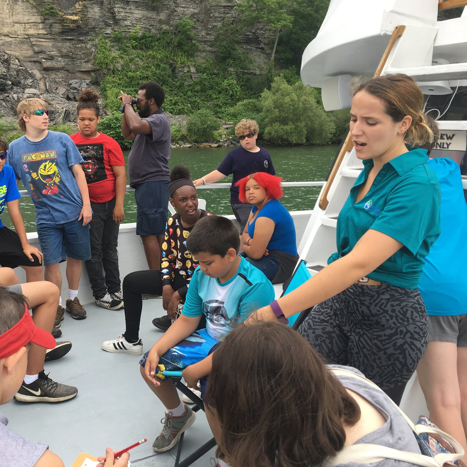 Interns and Educators   Our DCL staff consists of high school and college interns who are learning about the work that we do while also lending a hand in our educational programs by teaching the kids that we work with about our local lake ecology!
