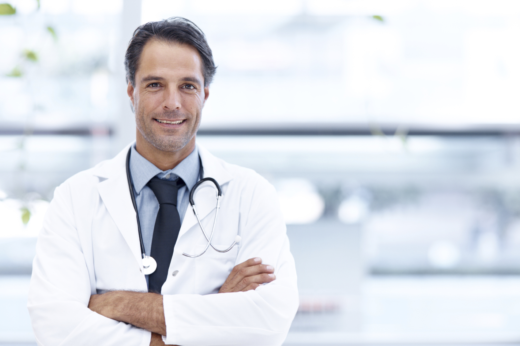 For Doctors - Screen high risk patients and prescribe immediate treatment based on fresh data. Avoid sending your patients out for unnecessary lab tests.Improve the monitoring of relevant conditions including;Iron deficiency anemia, hemochromatosis, Crohn's Disease, IBS, Bariatric surgery and Cancer remission.