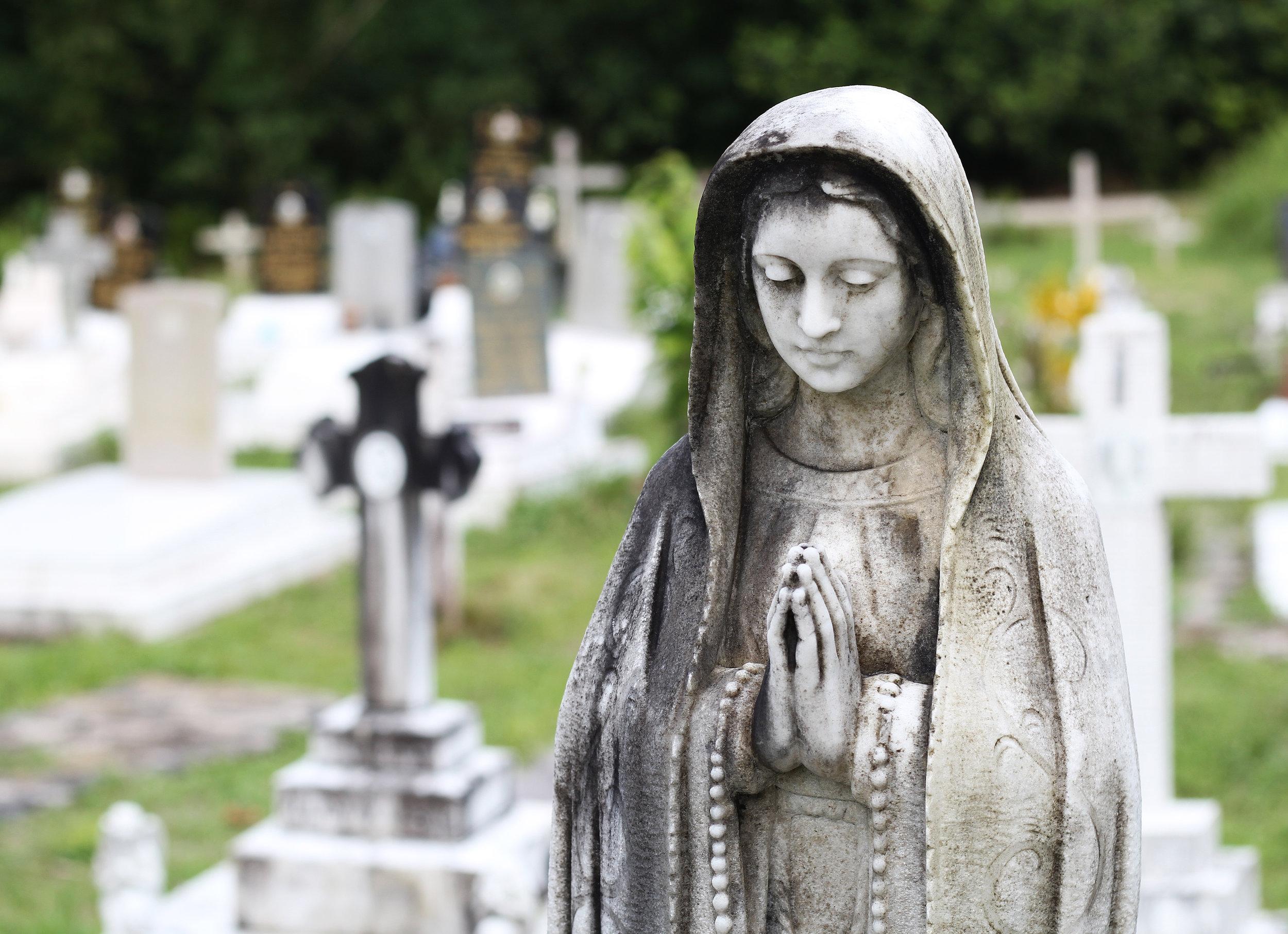 Kuching Graveyard2.jpg