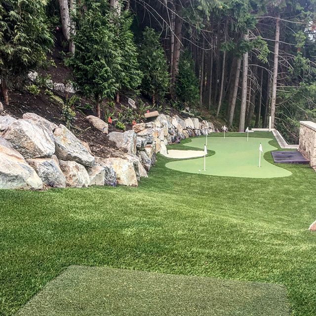 Woah, sign us up! Is this Augusta or our client's home? 😂 ⛳️ Okay, maybe it's not quite the PGA, but this Backyard Oasis putting green, sand bunker and chipping mat is definitely going to get you on your game. . . Why not create a backyard space you never want to leave? Follow the link in our bio to request a quote. . . . . . . . . . #artificialgrass #yvr #perfectturf #artificiallawn #artificialgrass #perfectlawn #syntheticgrass #greengrassvancouver #beautifullawnvancouver #petturfvancouver #artificialgrassvancouver #artificialturfvancouver #greengrass #beutifullawns #greatlawnyvr #lawnenvy #backyardoasis #puttinggreenvancouver #PGA #Augusta
