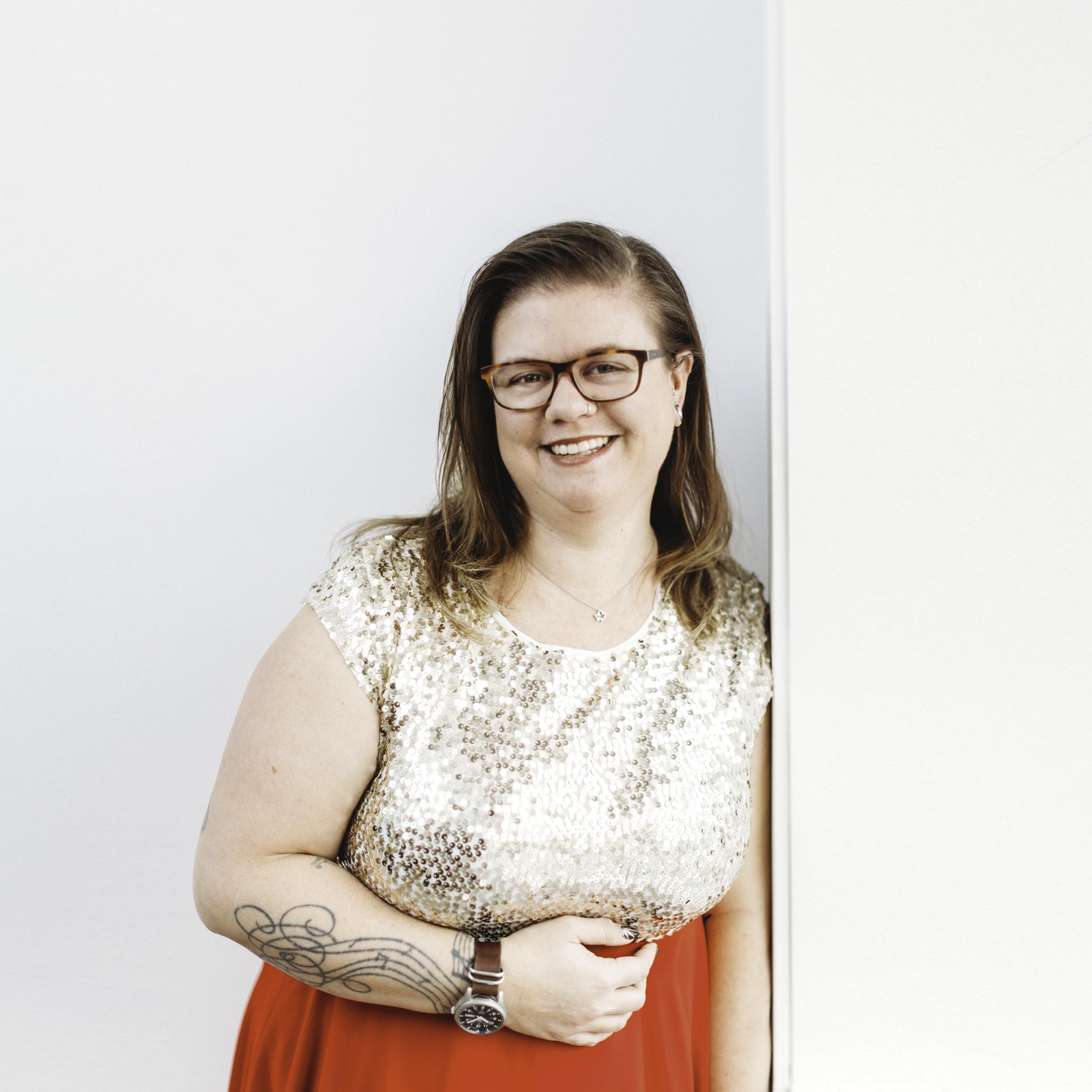 Kristin Hartigan   Urban Prairie Digital Founder and Educator   Instagram  |  Website  |  Facebook