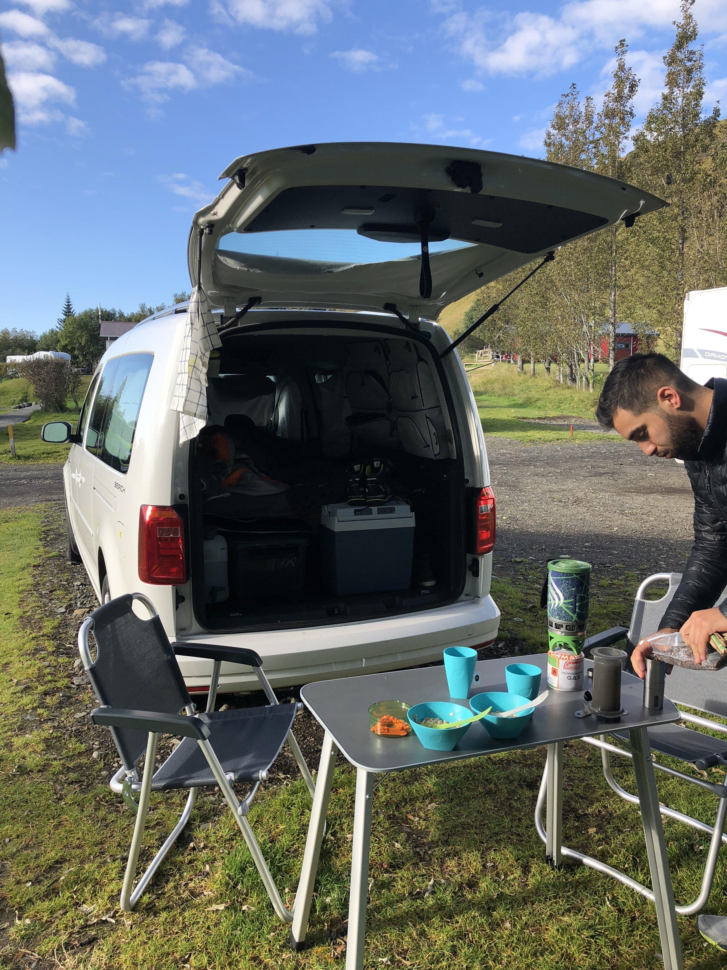 Iceland-Camping-Vik-mountians