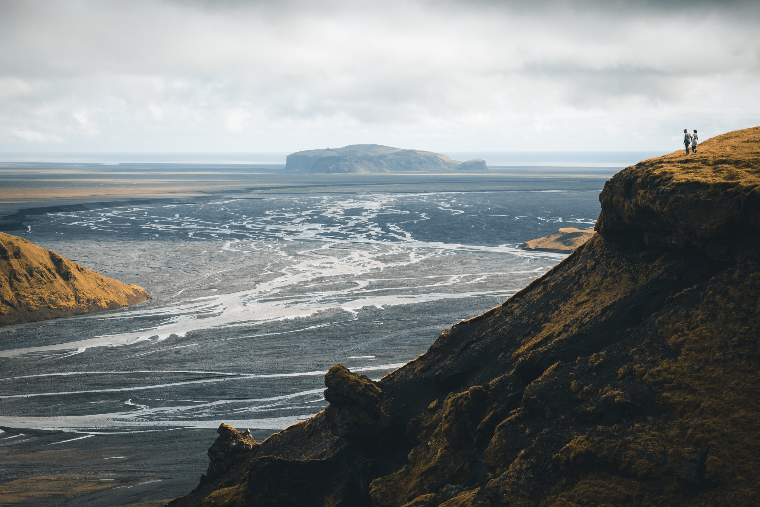 travel-guides-professionals-iceland
