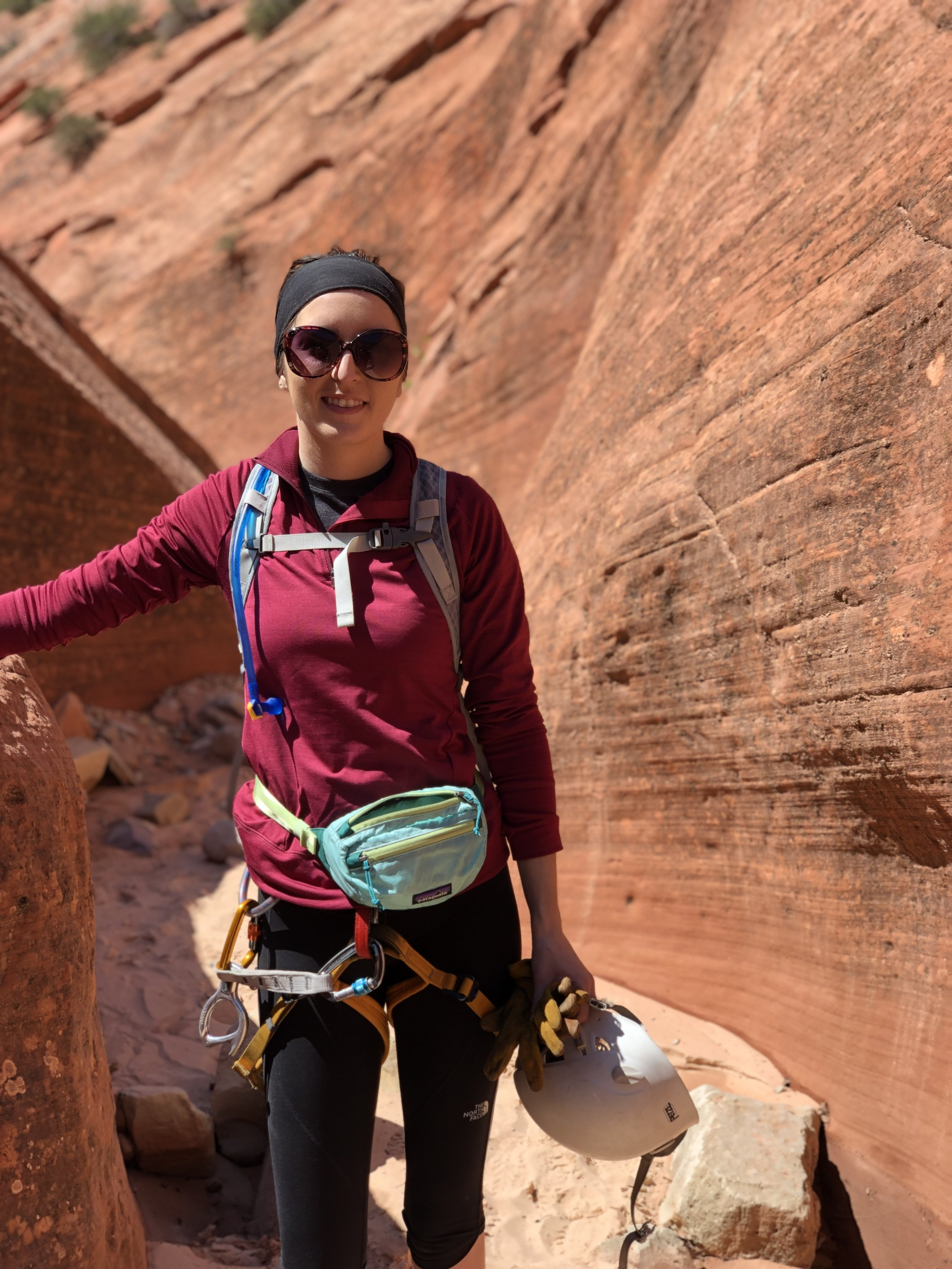 east-zion-experience-hiking-canyoneering-out-of-office-adventure