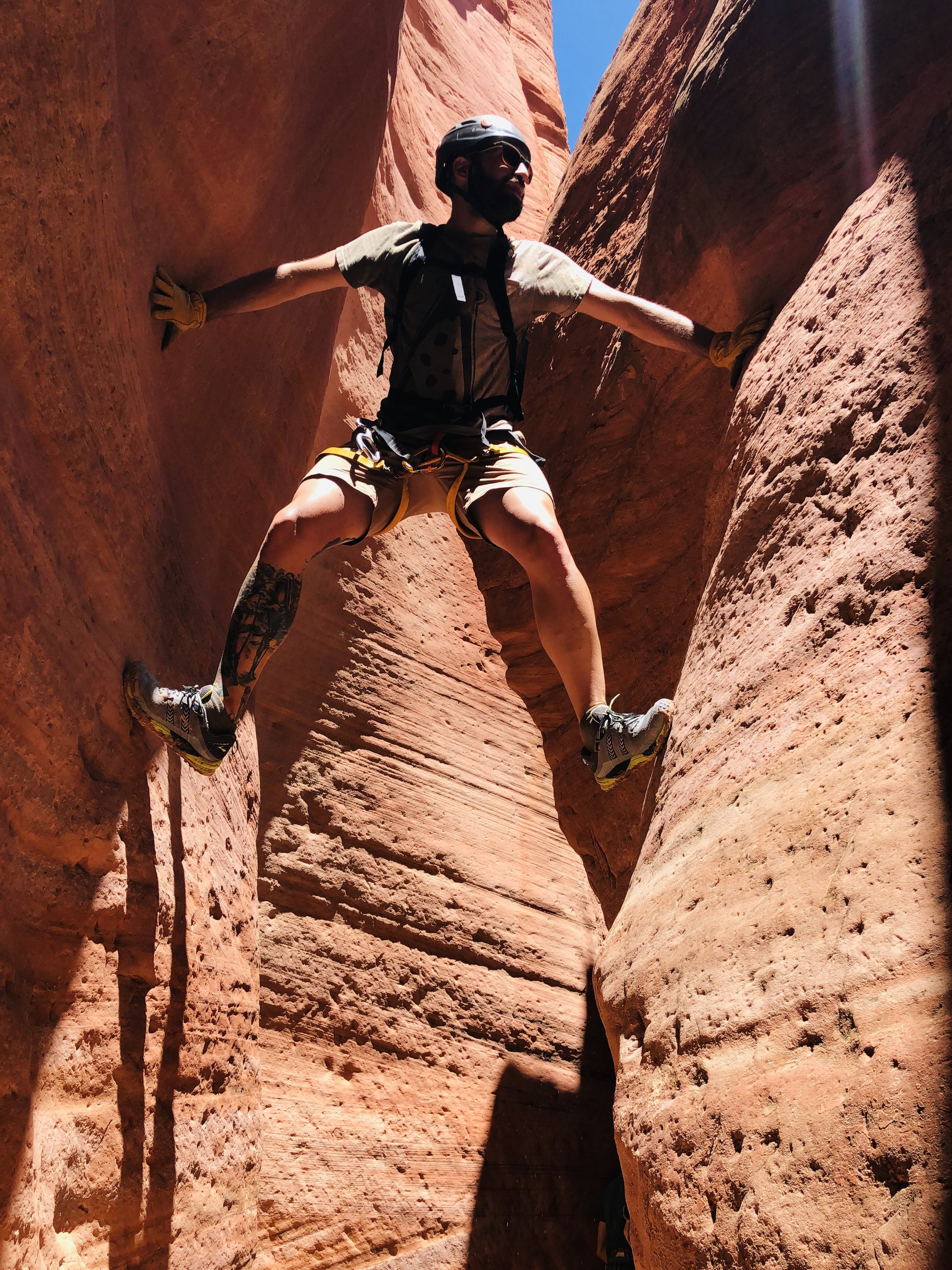 out-of-office-adventure-hiking-east-zion-slot-canyons
