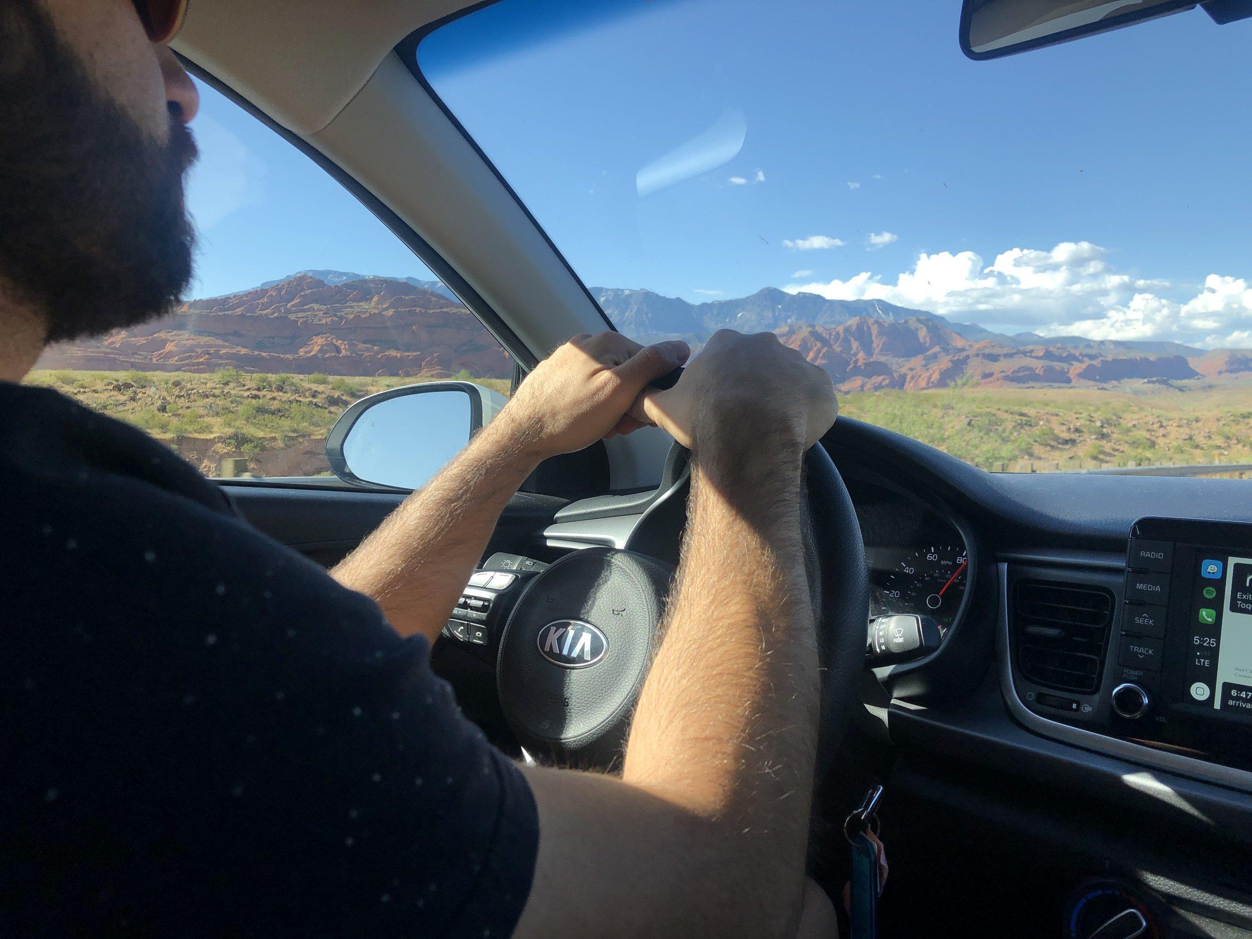 utah-vegas-road-trip-driving-out-of-office-adventure
