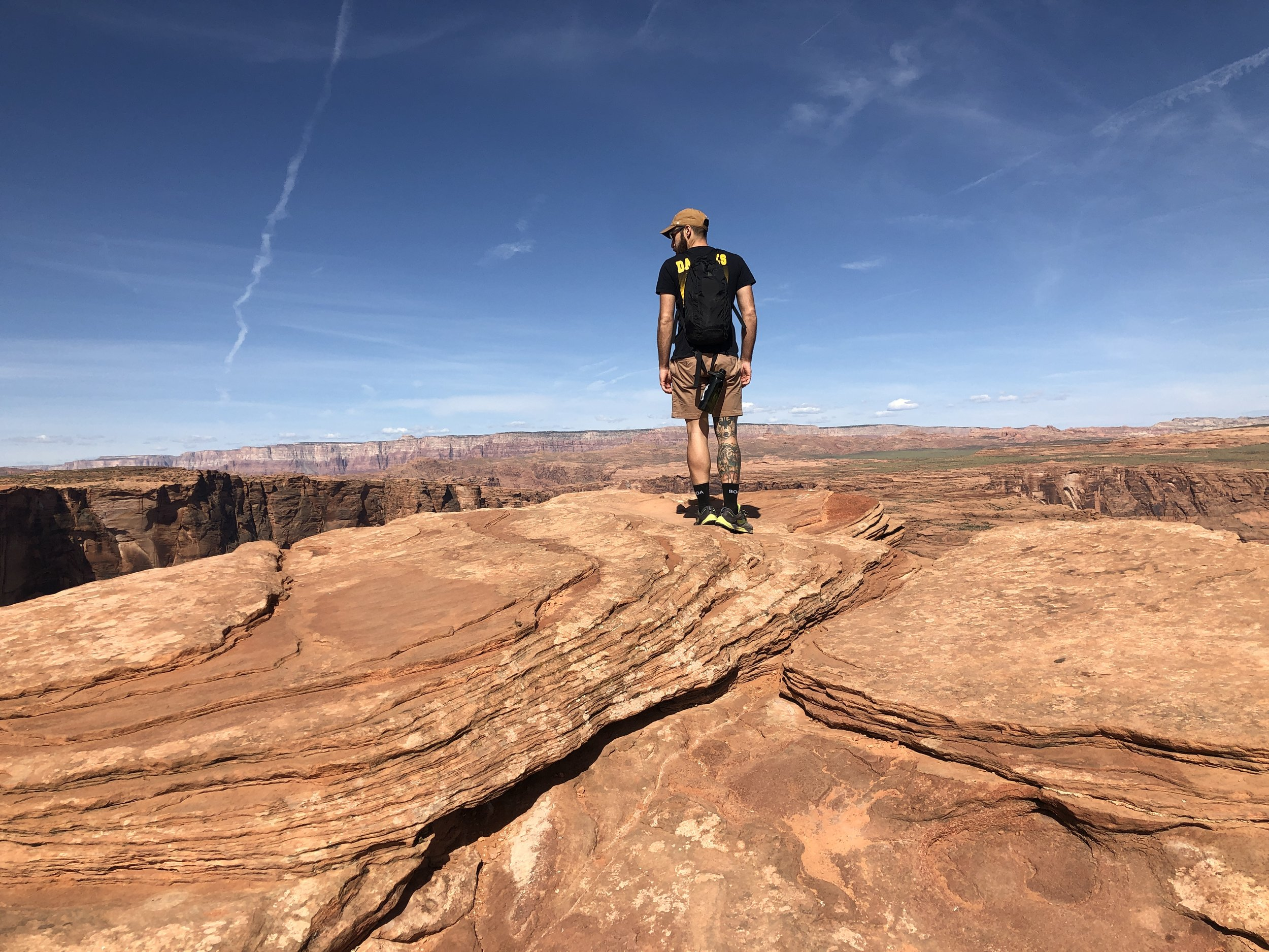 out-office-adventure-hike-horse-shoe-bend-utah