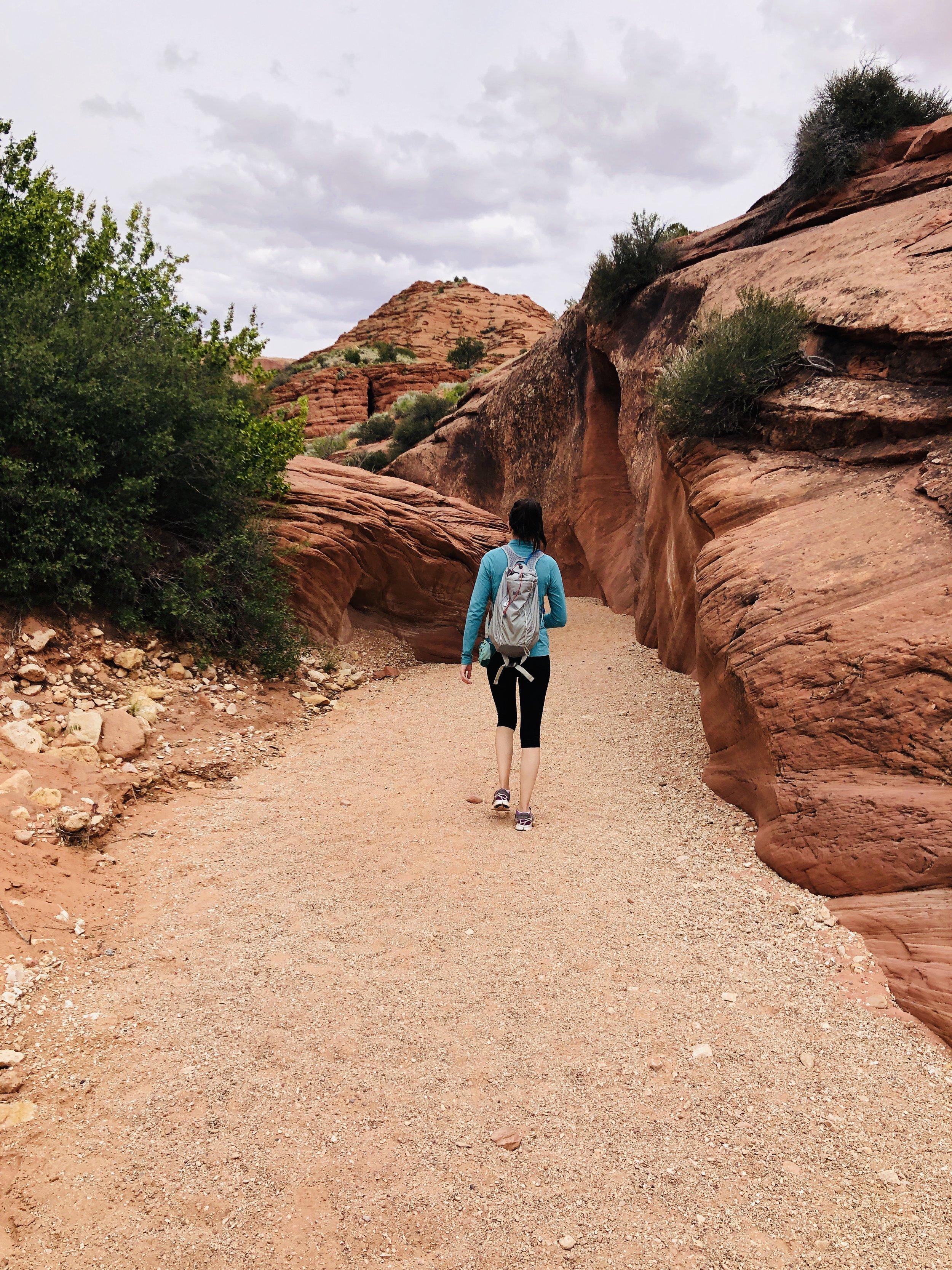 wire-pass-buckskin-gulch-utah-hiking-hike-out-office-adventure-travel