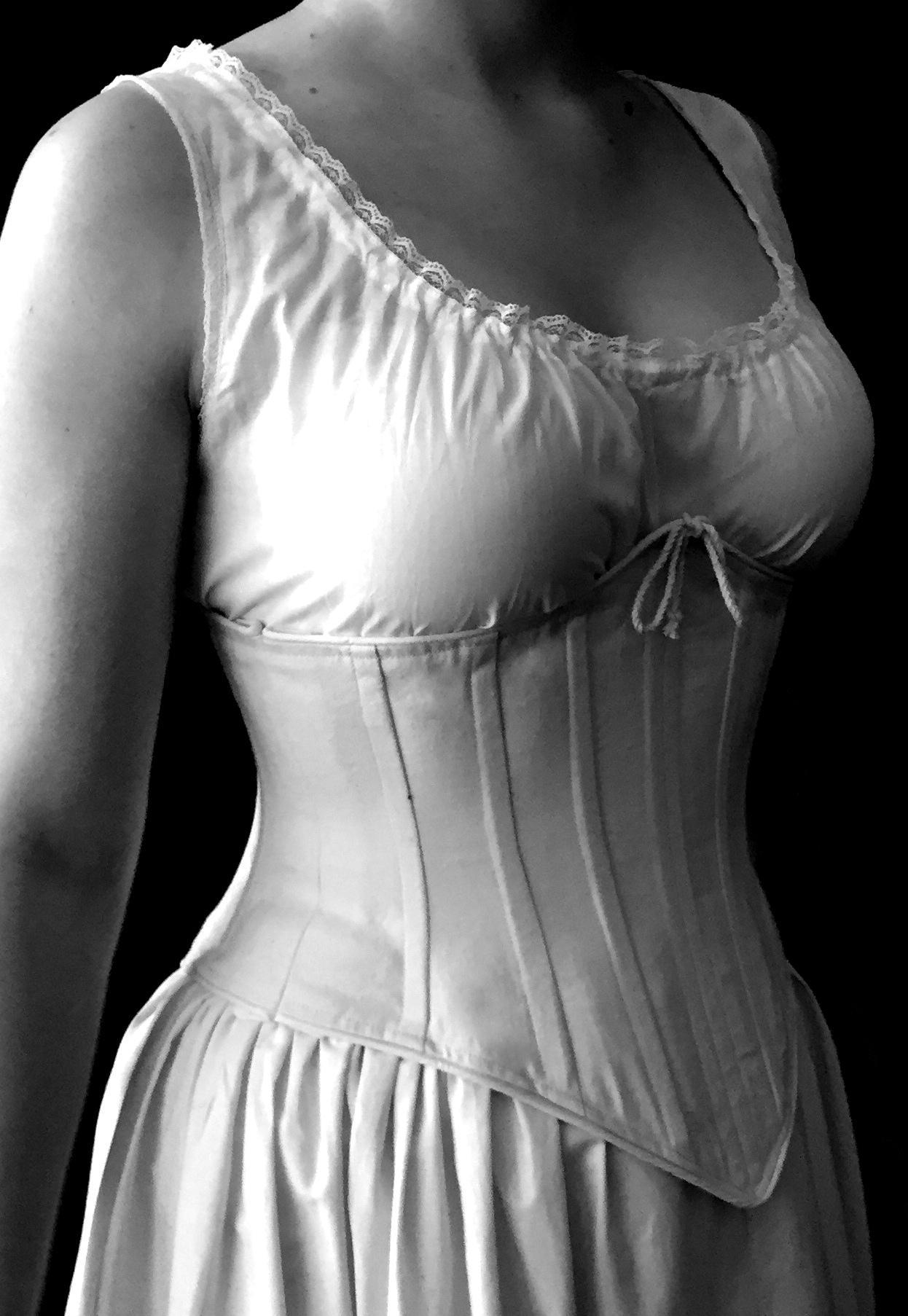 Period corsets Lil SF2-001.JPG
