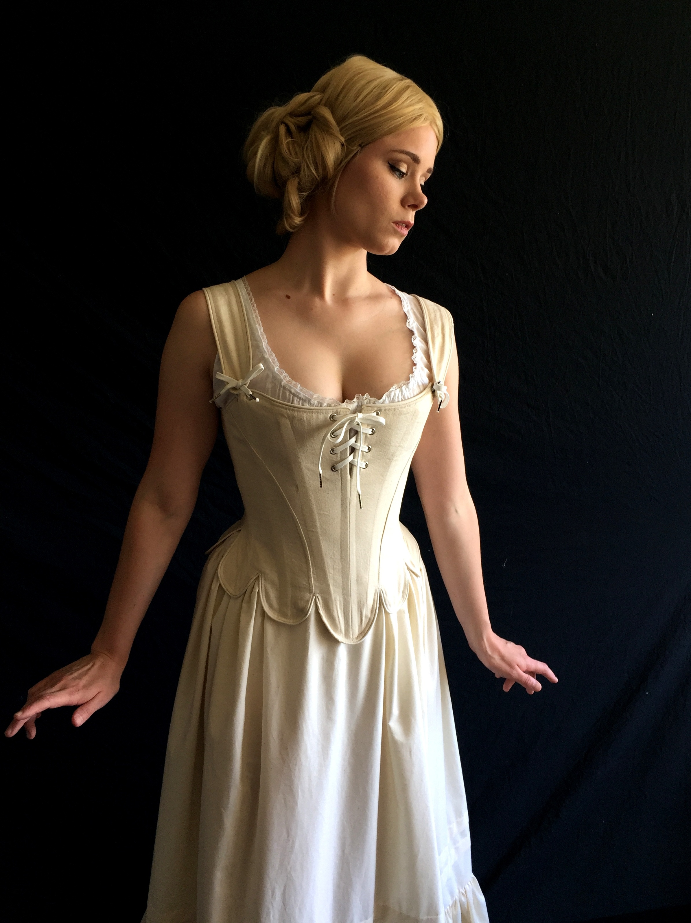 Period+Corsets+Sophie+full2.jpg
