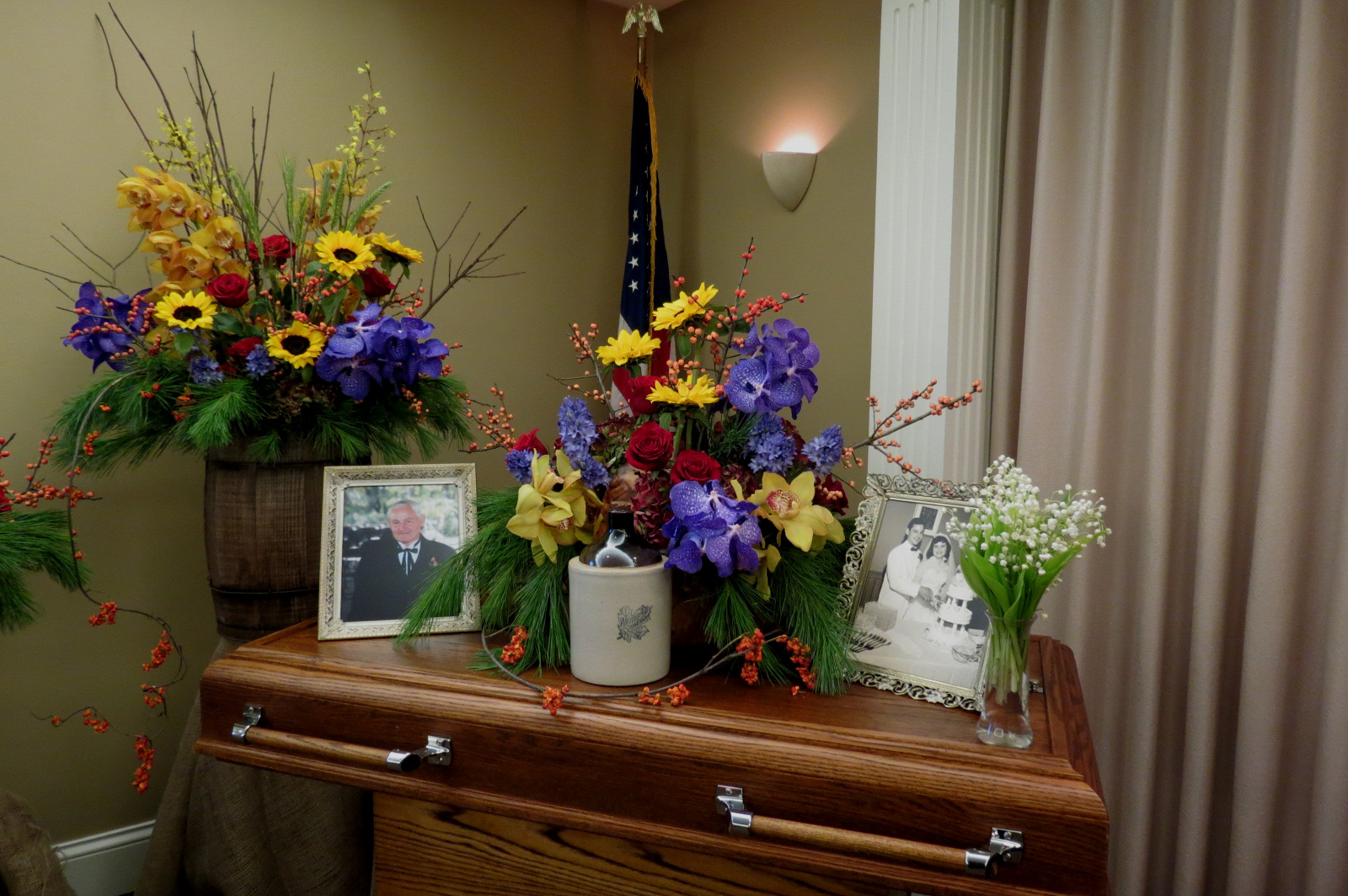 Knapp-Johnson Funeral Home // Morton, IL