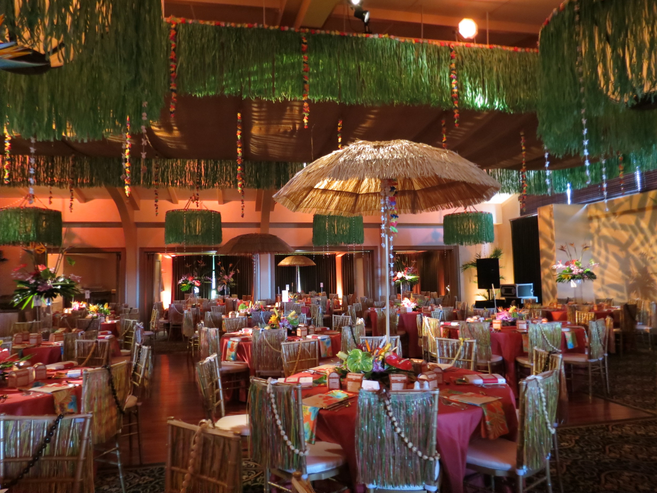 """""""Fill the Treasure Chest"""" Fundraiser event for Boys & Girls Club of Greater Peoria at Mt. Hawley Country Club // Lighting by Extreme DJs and Lighting // Complete Event Design by Michele's"""