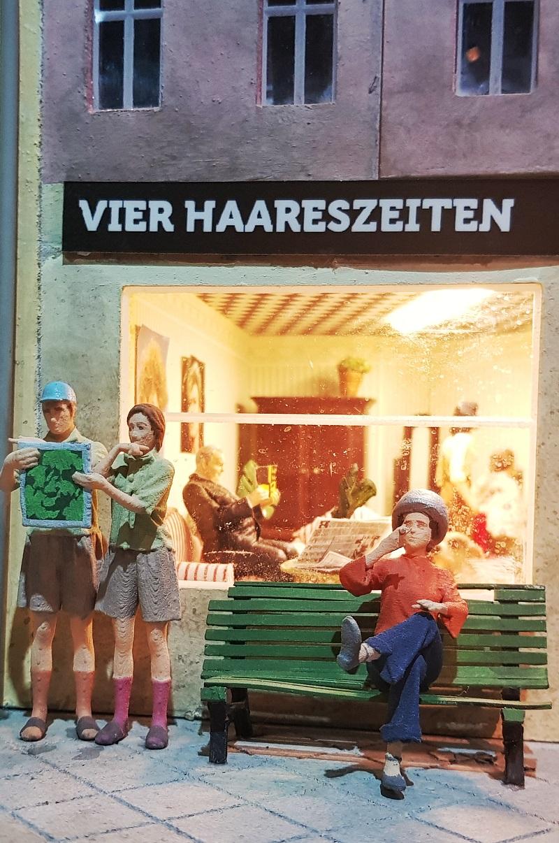 Little BIG City Berlin Touristen.jpg