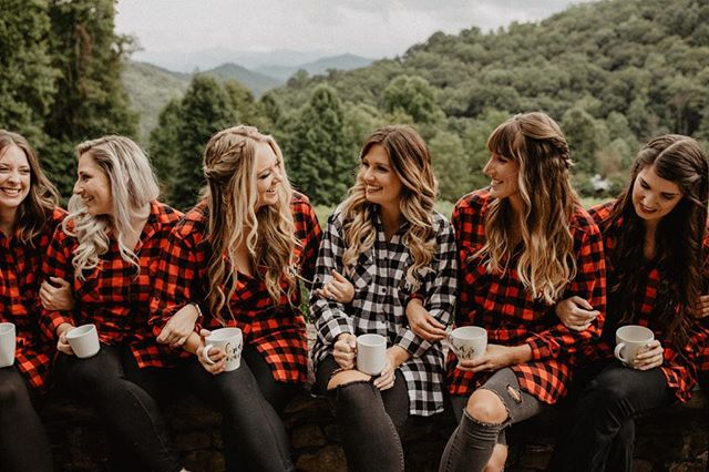 Y'all! Fall is starting to hit and I couldn't be more excited to throw on my flannels and slam holiday drinks and treats like it's my job! How cute are these maids showing us their fall spirit? 🍂🍁. . . . @chelseacollinsphotography . . . .  #jessicaannwedco #dayofweddingcoordination #dayofweddingcoordinator #wedding #tennesseewedding #tennesseevenue #southernwedding #coordination #coordinator #weddingplanner #weddingplanning #firstlook #bride #groom #bridalparty #groomsmen #bridemaids #photography #weddingphotography #chattanoogaweddingcoordinator #chattanoogaweddingcoordination #weddingmarch #weddingnerves #weddingdecor #chattanoogawedding #barnwedding #weddinggeorgia #weddingtennessee #ido #beautifulchattanoogawedding