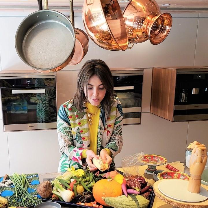 MARIANA VELASQUEZ - Heliconia Kimono Coat  #foodstylist #tastemaker #author #almagirl #girlboss  @ Hong Kong launch of her collab wth Bulthaup Kitchen