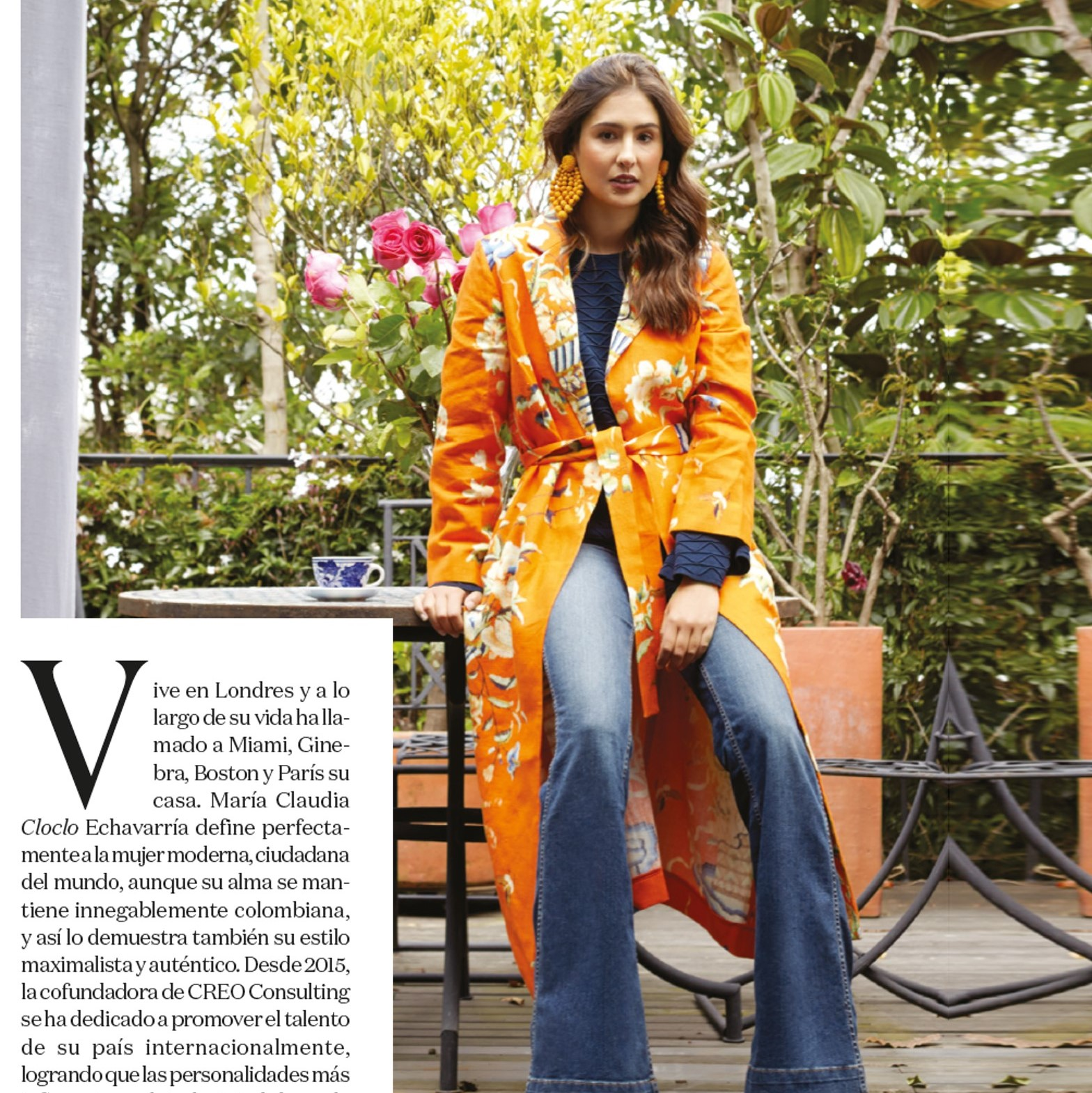 CLO CLO ECHAVARRIA - Calor y Rosas Kimono  #creativeconsultant #creoconsulting #almagirl #girlboss  @ her apartment in Bogota, Colombia