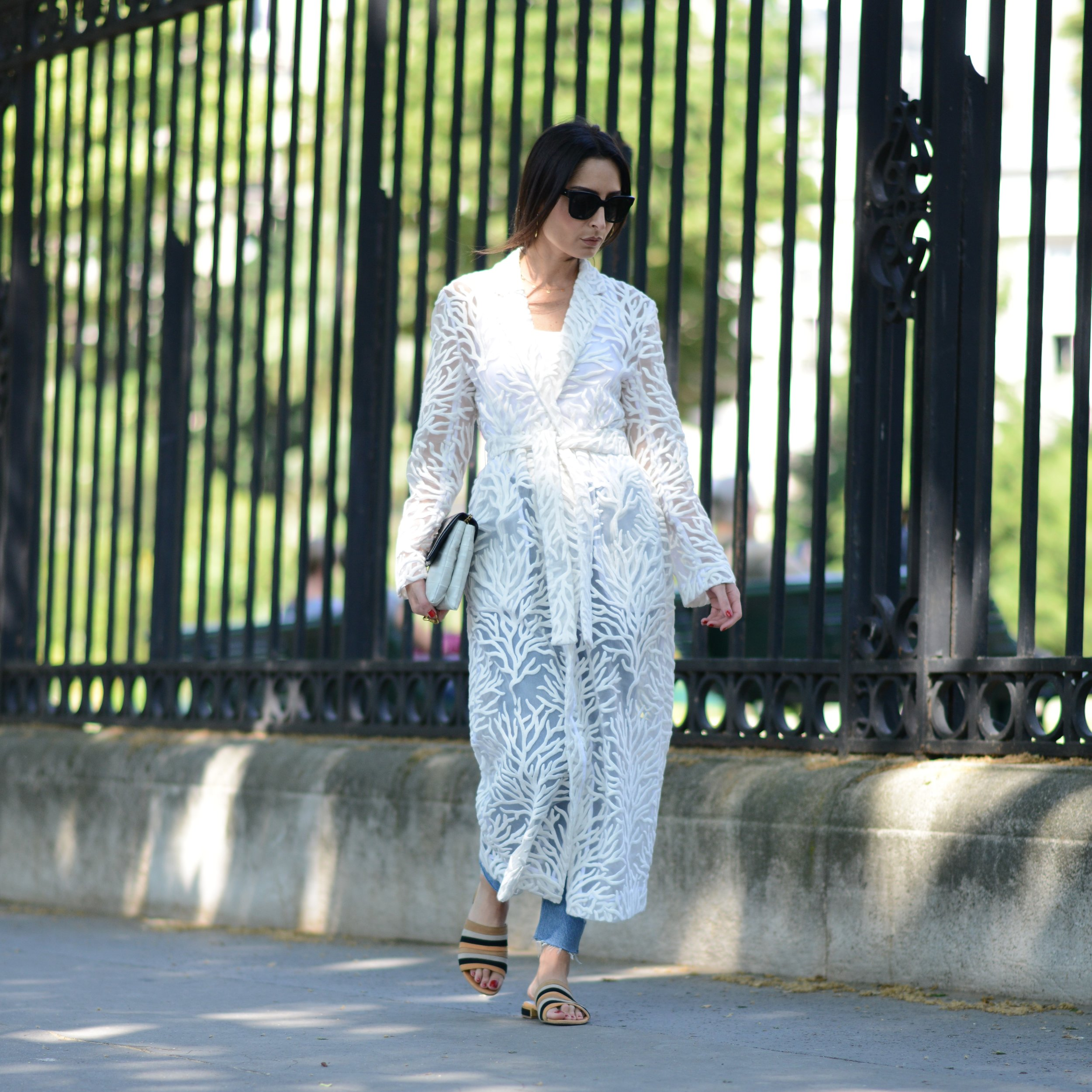 GERALDINE BOUBLIL - Velo de Coral Kimono  #shoedesigner #creative #erinadamson #almagirl #girlboss  @Jardin de Luxermbourg, Paris