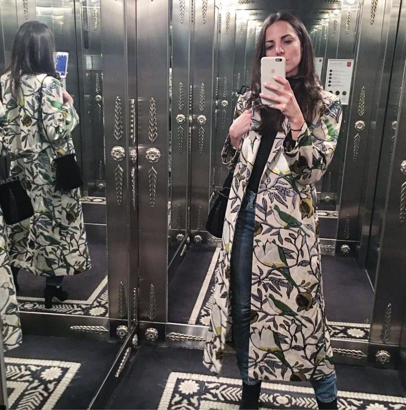 KELLY TALAMAS - Dos Loros Kimono  #creativedirector #talentcorner #almagirl #girlboss  @Cartier Launch in Bogota