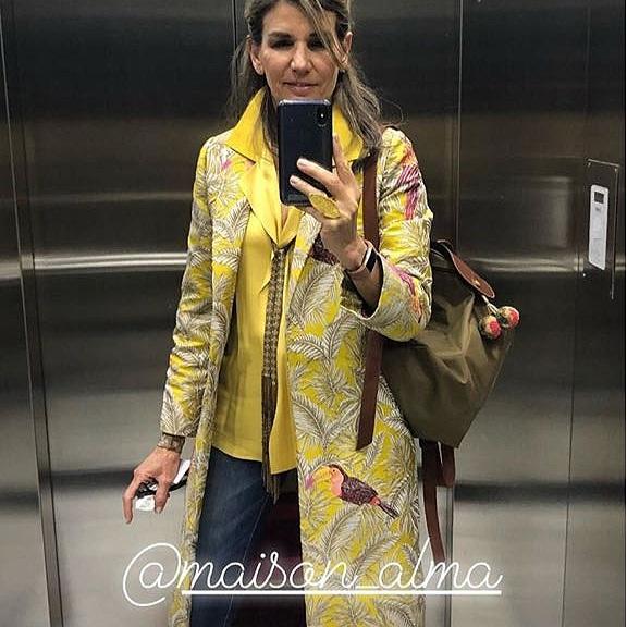 JOHANNA E - Caribe Trench Coat  #Interior Designer #girlboss #salvador #almagirl  @ Bogota, Colombia