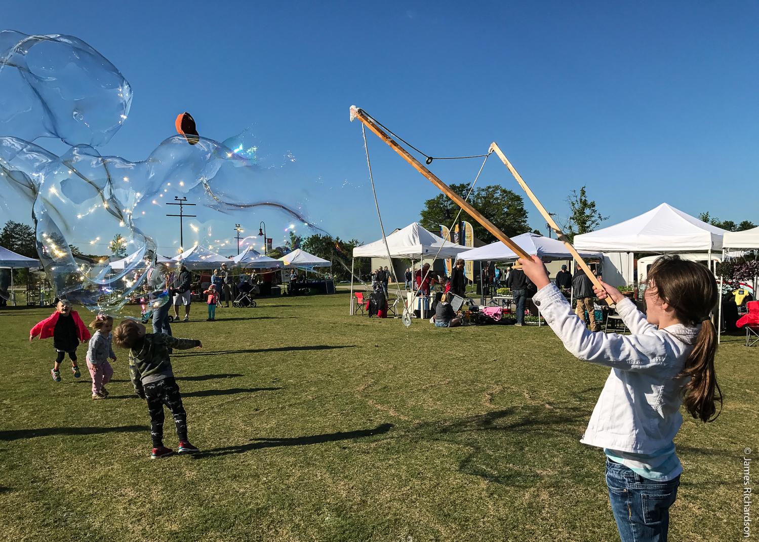 farmers_market_bubbles.jpg